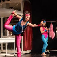 – Olivia Cosío und Laura Nicorescu © SLT / Tobias Witzgall