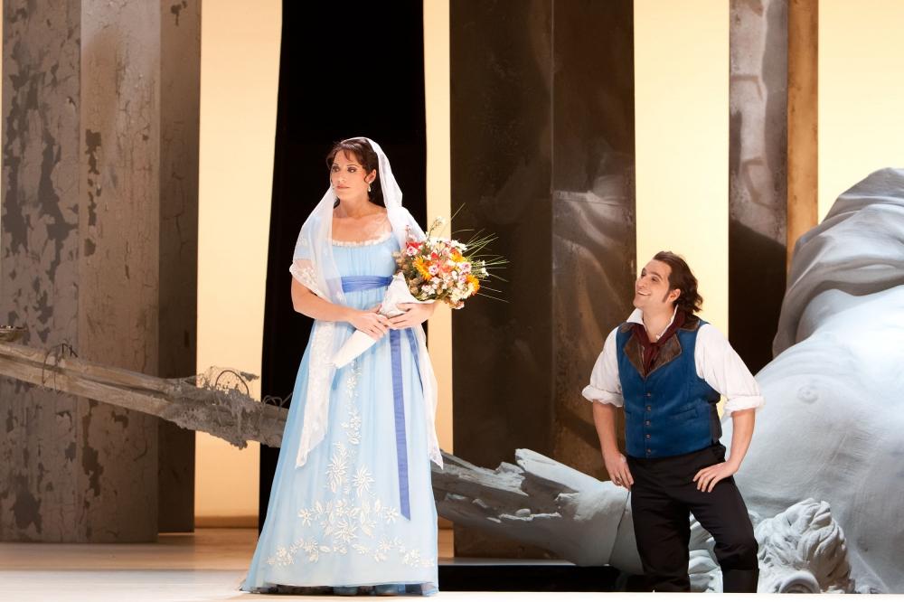 Tosca \ Amanda Echalaz und Riccardo Massi