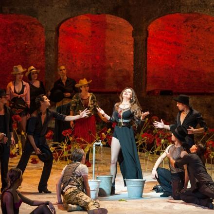 Carmen / Oksana Volkova, Chor, Ballett und Statisterie