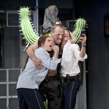 Der Kaktus / Christiani Wetter, Marco Dott und Tim Oberließen