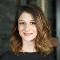 Ayşe  Şenogul