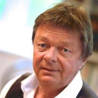Peter Ewaldt †