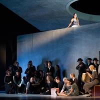 – Meredith Hoffmann-Thomson und Chor © Anna-Maria Löffelberger
