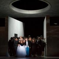 – Emilio Pons, Meredith Hoffmann-Thomson, Sophie Rennert und Chor © Anna-Maria Löffelberger