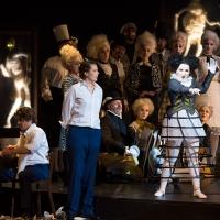 – Franz Supper, Carmen Seibel, Tamara Ivaniš und Ensemble © Anna-Maria Löffelberger