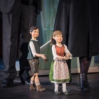 – Marionette Joseph Mohr und Marionette Kathi Hurler © Christina Baumann-Canaval