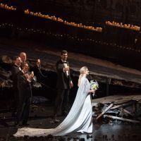 – Jacquelyn Wagner und Chor © Anna-Maria Löffelberger