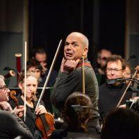 – Georg Clementi, Mozarteumorchester Salzburg © Tobias Witzgall