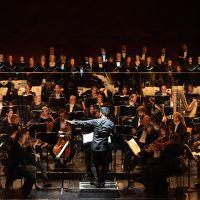 – Leslie Suganandarajah, Mozarteumorchester Salzburg, Chor und Extrachor des Salzburger Landestheaters © Anna-Maria Löffelberger