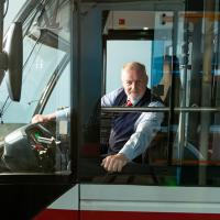 – Der Busfahrer, der Gott sein wollte © Anna-Maria Löffelberger
