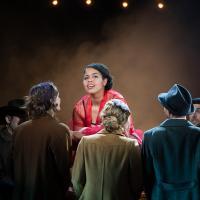 – Sophie Mefan (Sally Bowles) und Ensemble © Anna-Maria Löffelberger
