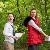 – Lisa Fertner und Julia-Elena Heinrich © SLT / Anna-Maria Löffelberger