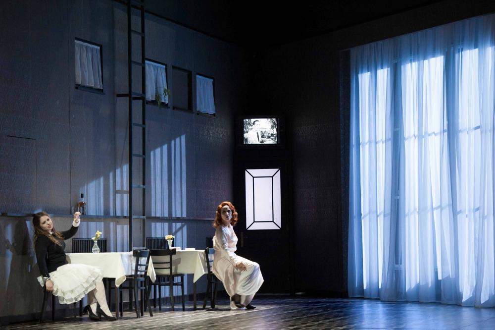 Stormy Interlude / Hannah Bradbury und Frances Pappas (1. Teil)