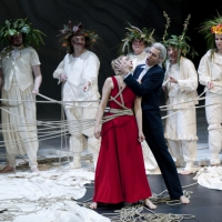 – Kirsten Blaise, Marcell Bakonyi und Chor © Christina Canaval